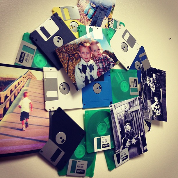 repurpose floppy disks into photo holders